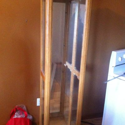 Oak Display cabinet lighted W/ 4 glass shelves + hardware  15 x 12 apox $80